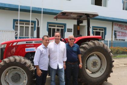 Mandato do deputado federal Luis Tibé beneficia Nova Serrana e Leandro Ferreira, no centro-oeste de Minas